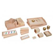 Goldenes Perlenmaterial - lose Perlen, Glas mit Kartensätzen aus Kunststoff